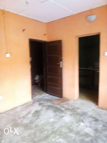 Roomself contain upstairs at adegbola off Cole,170k Surulere - image 2