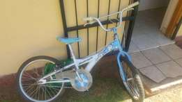am selling my bicycle for kids