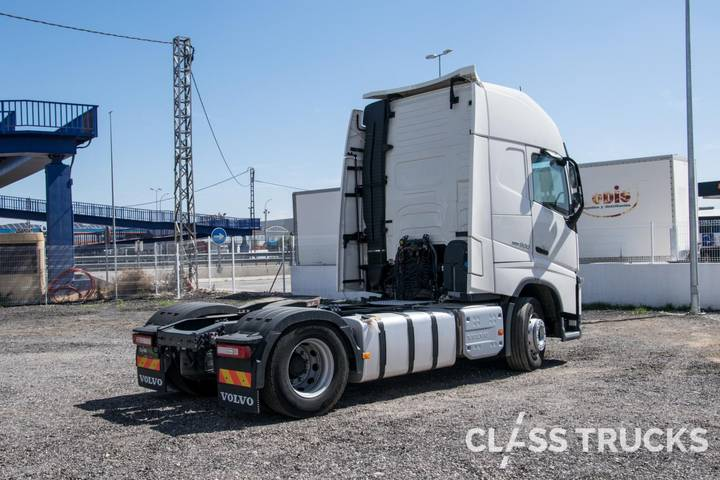 Volvo FH13 500 4x2 XL Euro 6 VEB+, RBS - 2018 - image 4