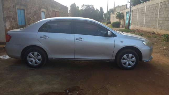 Toyota axio 2007 model, silver colour, accident free, low mileage Sagana - image 3