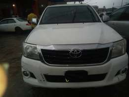 Clean Toyota Hilux 2014
