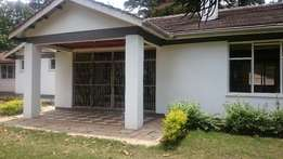 4 bedroomed all ensuit bungalow to let in Loresho