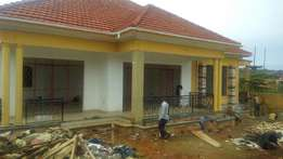 House for sale at 450m Kitende canan estate on 14decim