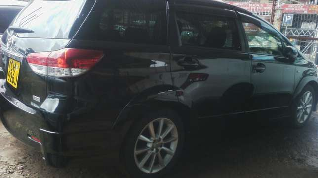 Black Toyota Wish. Parklands - image 2