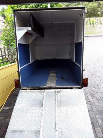 Enclosed Trailer Roodepoort - image 2