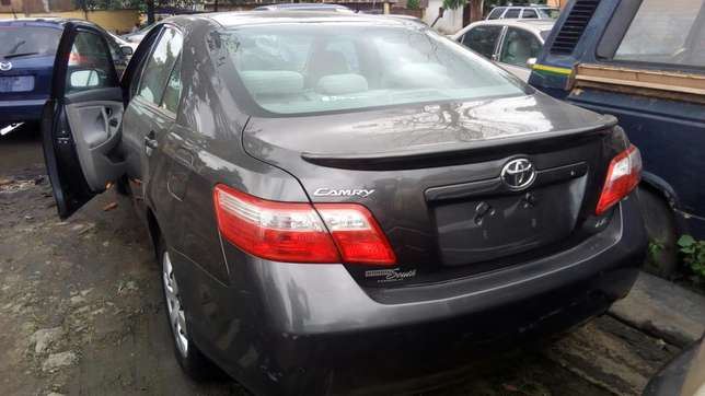 Clean 2009 Toyota Camry LE Yaba - image 1