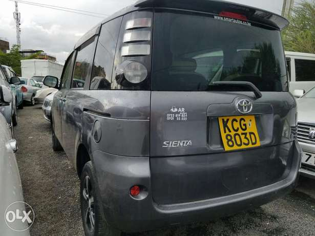 Toyota sienta super clean,good as new. Buy and drive Embakasi - image 4