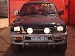 1998 Mitsubishi Colt 3000 V6 Rodeo P/u D/c for sale