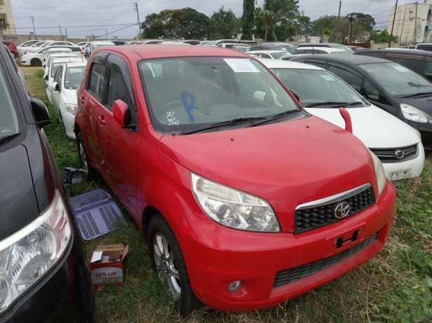 Toyota Rush KCN number 2010 model loaded with alloy rims, good m Mombasa Island - image 1