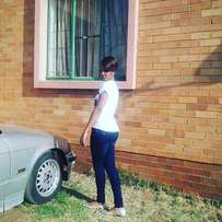 lam a lady from Malawi looking for a job as a domestic worker.