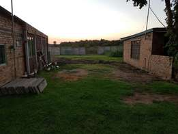 Land next to the vaal for sale Riverside Resort