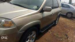 Akura MDX. 2002..full options leather seat alloy wheels.. A/c chilling