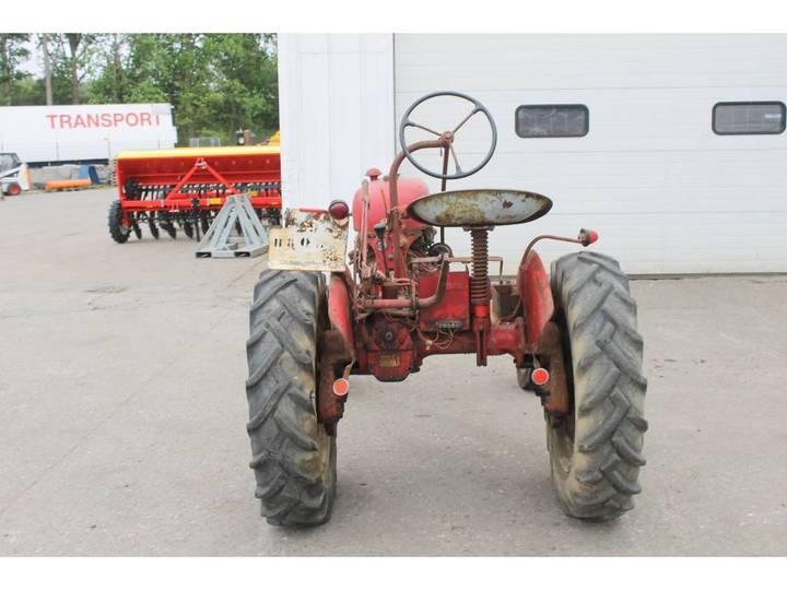 McCormick International Farmall FF Cup Tractor *DEFECT* - image 4