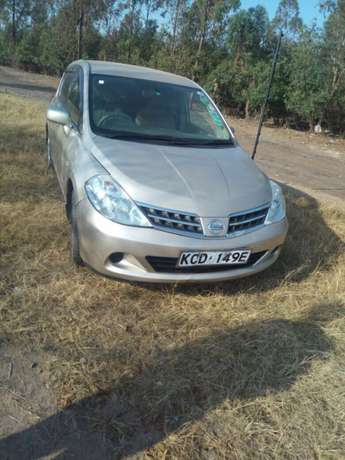 Nissan Tiida Latio Hatcback 2008 model Clean just buy and drive Nairobi CBD - image 3