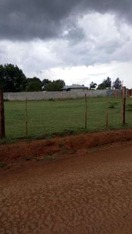 Smart plots Off Uganda road near Maili nne Shopping Centre Kapsaos - image 1