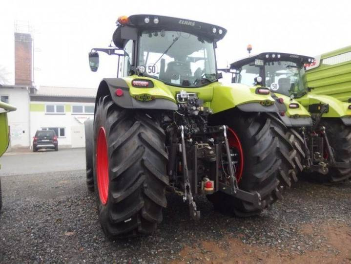 Claas Traktor Axion 870 Cmatic - 2016 - image 3