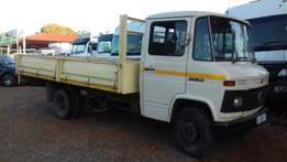 Mercedes 508 ADE 314 Dropside Water