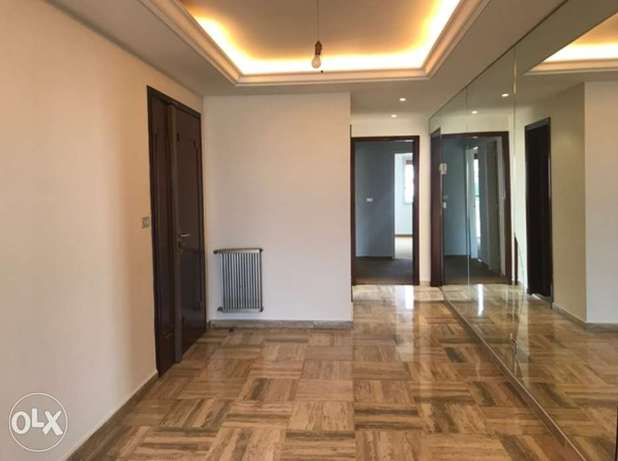 Superb Apartment with an Amazing Landmark View   16544