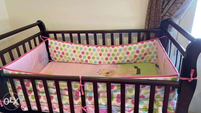 Wooden Bed for Children's with mattress and soft coverings at the side الدمام -  4