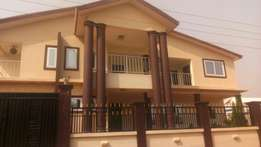 A plush HSE is up for sale in kumasi