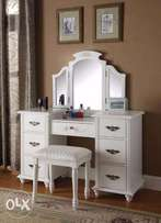 Dressing Mirror With 7 Drawers.