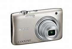 NIKON S2900 Camera (silver)Brand new from Dubai with bag & 8GB Memcard
