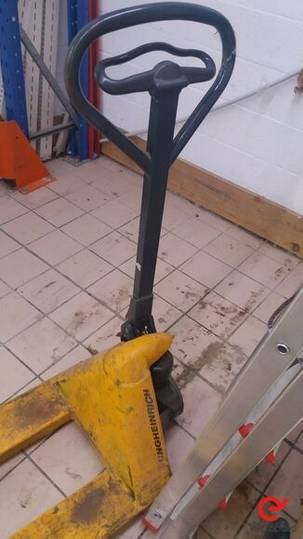 Sale lote de transpaletas hand pallet truck for  by auction