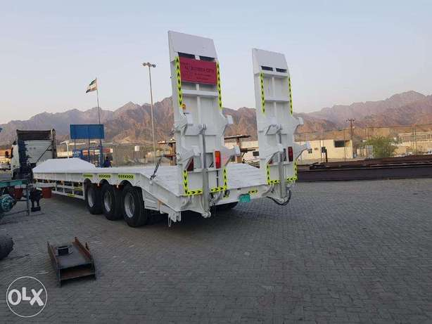 low bed trailers 3-axle back hydraulic loading ramps