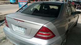 Urgent sales Extremely sharp and sound 2005 firstbody Benz C240 4plugs