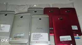 Brand new HTC one M7 with 32gb.original and accessories.