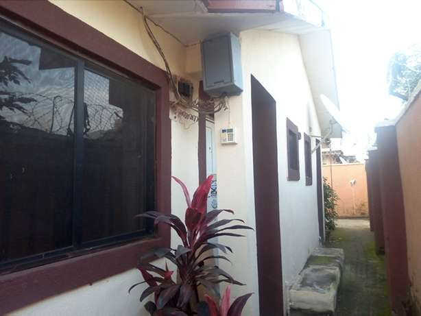 1bedroom flat to let at CBN Qtrs by the end of the street FHA Lugbe Lugbe - image 1