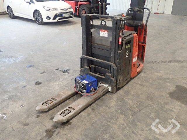 Linde L12 seat stacker (electricity) - 10