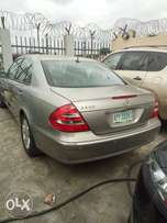 A neat Benz E320 with sound engine buy and start using it