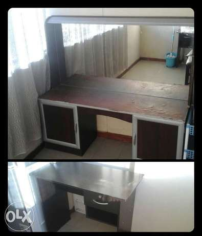 Study Table and Dressing Table for sale Sunnyside - image 1