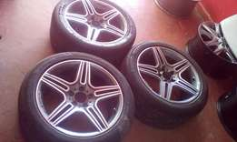Genuine Alloy Rims For Benz size 18 with Pirelli Tyres.