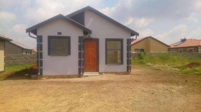 New Houses for sale in East of Johannesburg Benoni - image 2