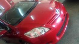 2010 red Auris 2wd