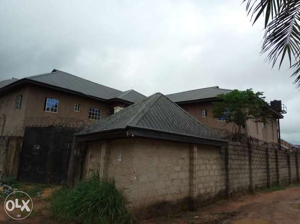 Standard 25 rooms self Contain hostel close to federal poly nekede Owerri Municipal - image 3