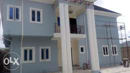 6 bedroom duplex