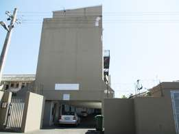 Lovely loft apartment for sale in Bulwer