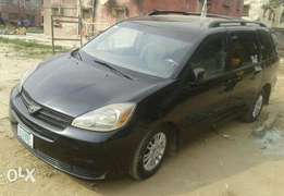 Toyota Sienna 2005 Registered
