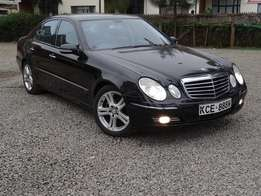 Mercedes Benz E280 black colour 2008 model hardly used