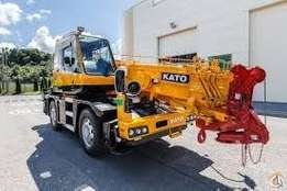 Hydraulic clane for hire[Kato] in Nairobi Athi River,weight 15 tones