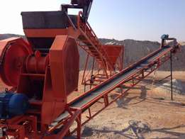 24x13 Jaw crusher with feed bin and conveyors