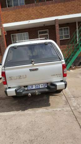 Isuzu kb300 Urgent Sale Germiston - image 8