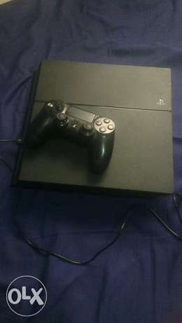 Ps4 console with a pad Hazina - image 5