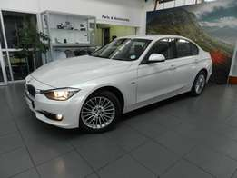 BMW 320D Luxline 2015 model