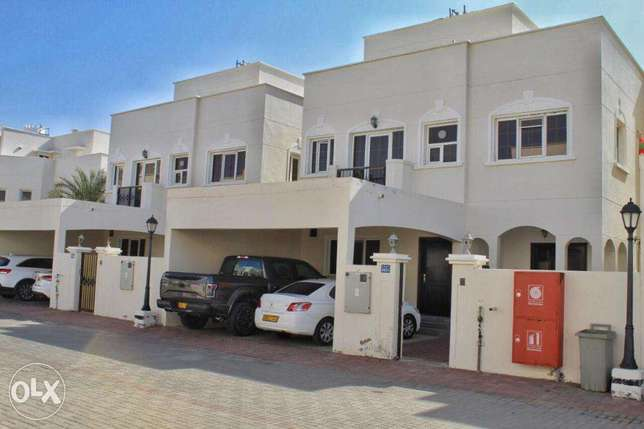Beautiful 4 Bedrooms With Maid Room Villa For Rent in Al Khoudh