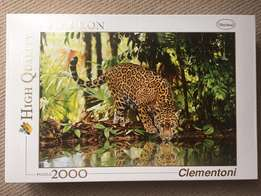 2,000 pieces puzzle - leopard in the jungle