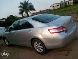 Shinny-bright silver Toyota Camry (2011 Version) toy